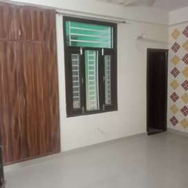 3 bhk flat available for family
