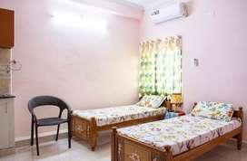 Independent Studio Rooms -Near sujana forum mall -KPHB/Vasanthnagar