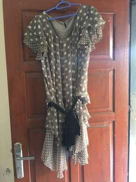 Preloved Dress motif polkadot, kondisi 99%