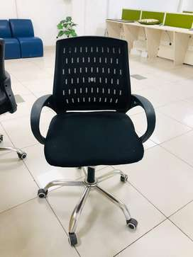 20 Revolving Office chairs in great condition for sale