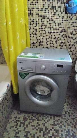 Washing machine (front loading)