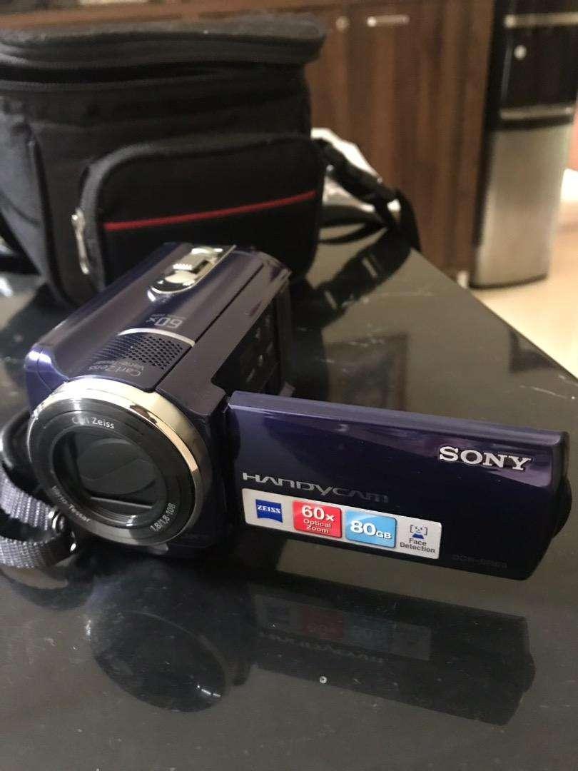 Handycam sony DCR-SR68 murah 0