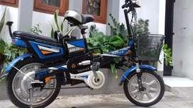 Sepeda listrik buat anak/remaja.langsung gas.normal