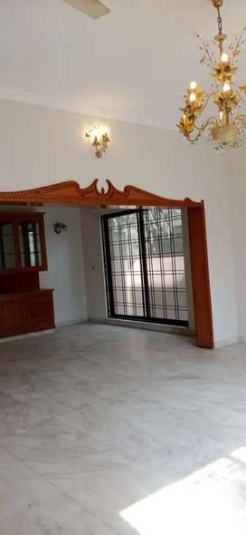 1 KANAL HOUSE FOR RENT IN CAVALRY GROUND