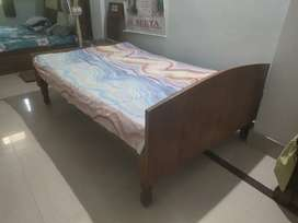 4*6 bed with mattress