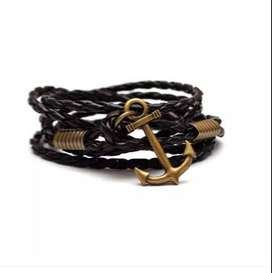 Men Anchor Style Bracelet Of different styles to get a Unique look