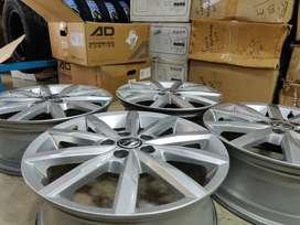"16"" Polo GT TSI silver OEM Alloys set of 4 lite used"