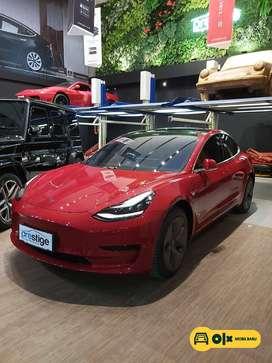 [Mobil Baru] Tesla Model 3 Standard Range Plus Red on Black 2020