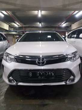Toyota Camry 2.5V 2016 automatic