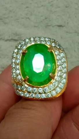 Zamrud Colombia 7.12ct Perfect Colous n Luster
