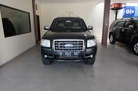 FORD EVEREST TDCI 2.5 XLT LTD AT 08 HITAM ISTMW TERAWAT APIK DIJAMIN