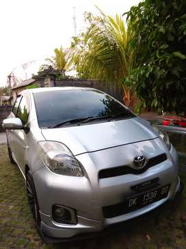 Toyota Yaris 2012 manual