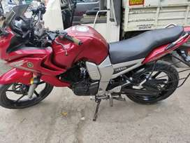 Red Yamaha Fazer 150cc in good condition..