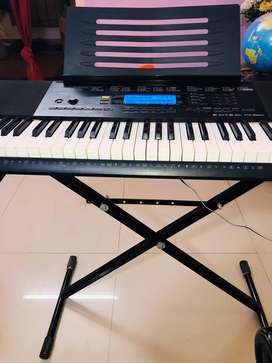 Casio CTK 860IN 61 Key keyboard
