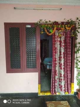 2 bhk for rent in the ground floor