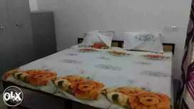 Pg for girls with all facilities including kitchen nearby market