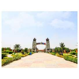 1 Kanal Residential Plot on 200 Feet Wide Road for Sale in Northern Di