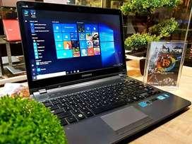Laptop samsung Np500 core i7 Ram 4gb Gaming dan Multimedia