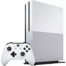 Xbox One S 500 GB White With All Accesories GTA 5 Need For Speed