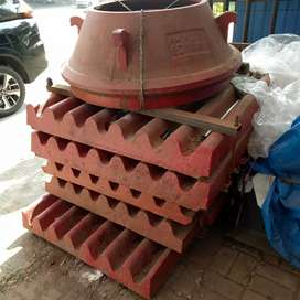 JAW PLATE PE 600X900  PER SET tipe SHANBAO SPARE PART MESIN CRUSHER