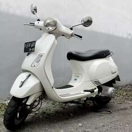 Vespa lx 2V 150cc mantap