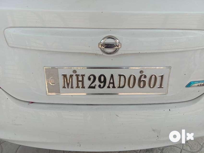 Nissan sunny xv diesel white colour 0