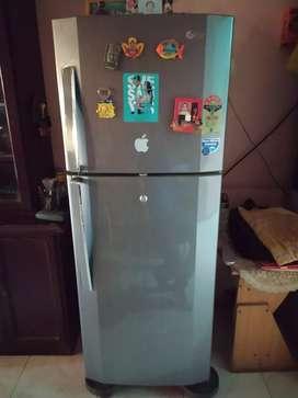 Lg 240 litres two door fridge