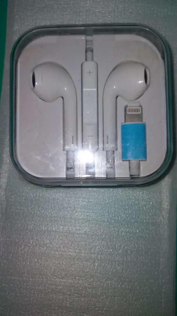 Headset iphone 7,8,x 0