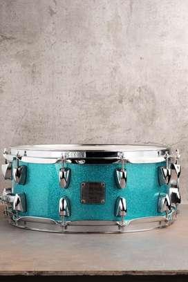 Snare Drum Yamaha Maple Custom Absolute 14x6 Blue Sparkle