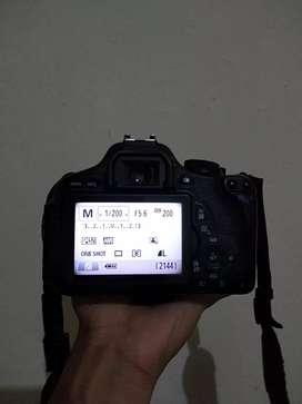 canon 600d  dua lensa