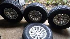 Velg ori Ford Everest TDI R15 + Ban Bridgestone 265/70