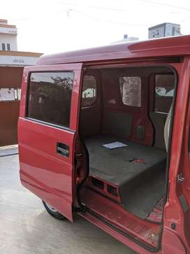 Suzuki every in red colour with excellent condition