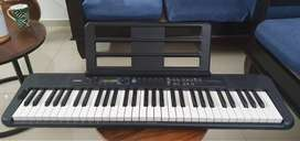 Casio CT-S300 Casiotone 61-Key Touch Sensitive Portable Keyboard (Blac