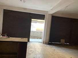Shop for rent 800 sqfeet on 1st floor
