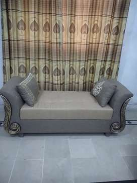 Attractive  dewan for sell