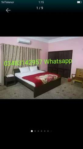 Guest house Couple rooms available for only short time stay