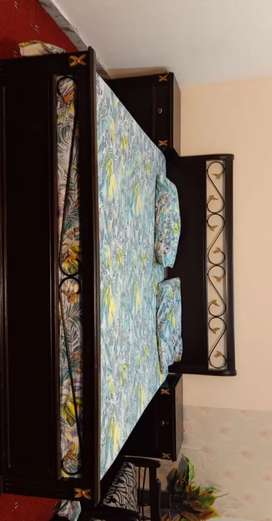 Double Bed King Size with side tables