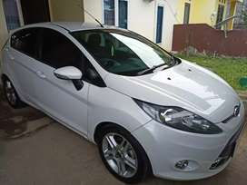 Ford fiesta 1.6 Sport A/T 2012 putih