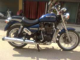 Thunderbird 350, excellent condition, 20000 km driven, one hand bike