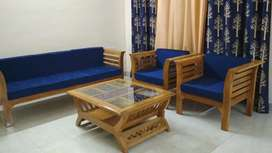 5 seater sofa set with center table for sell