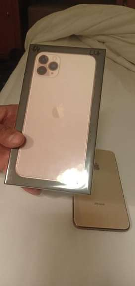 Iphone 11 pro max 64gb gold 4 days old