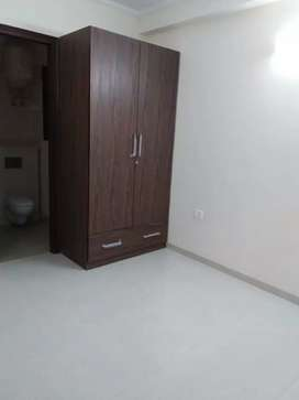 1 room set builder floor In Saket resident area