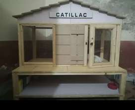 Cat house for sale good design and good look 'neat and clean