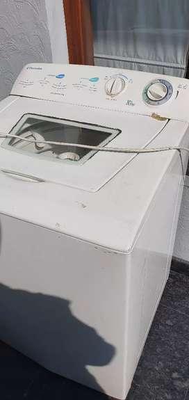 Top load 8kg Electrolux brand washing machine