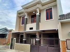 Rumah baru 2 lantai sukoharjo