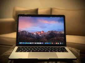 Macbook Pro Touch Bar 2018 with Original Box