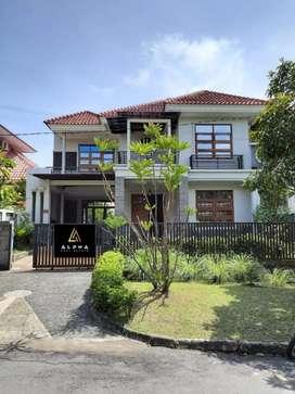 Dijual Rumah Mewah Berlokasi di Taman Dutamas Batam Centre !!