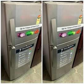 Grey double door fridge lg !? 5 yrs warranty ?!