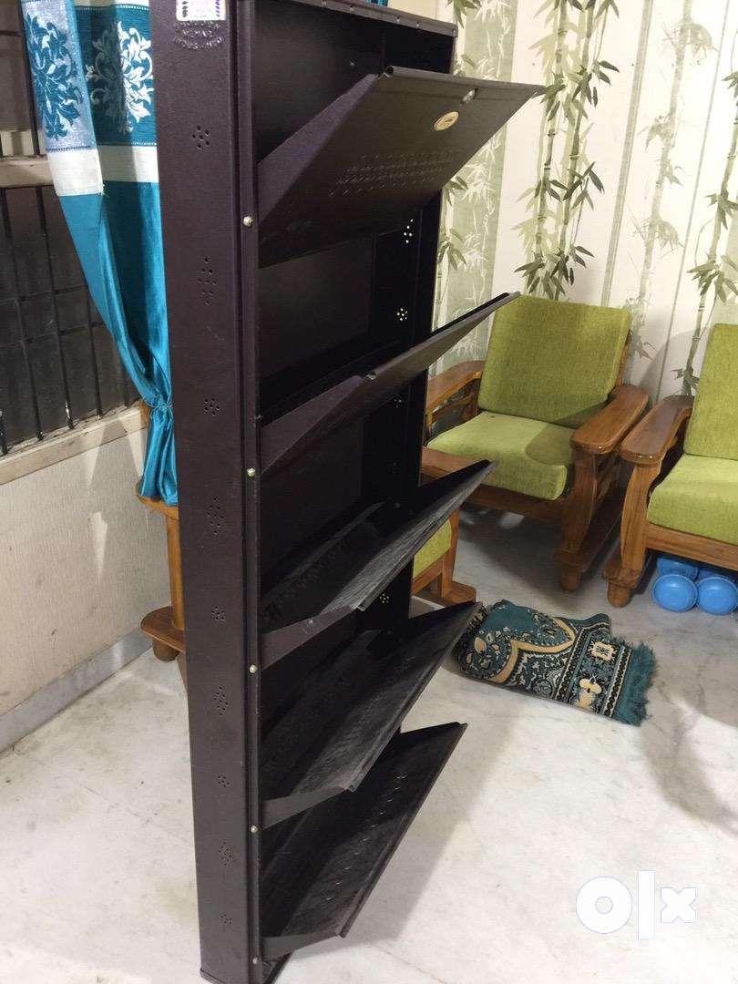 Steel shoe rack 0