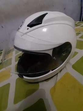 Dijual helm ori yamaha racing r15 putih